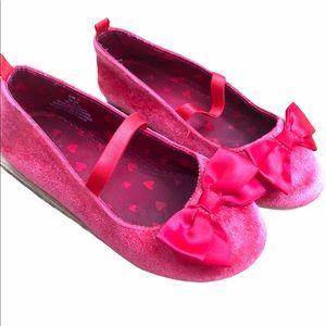 Girls 9.5T sparkly red velvet dress shoes /flats